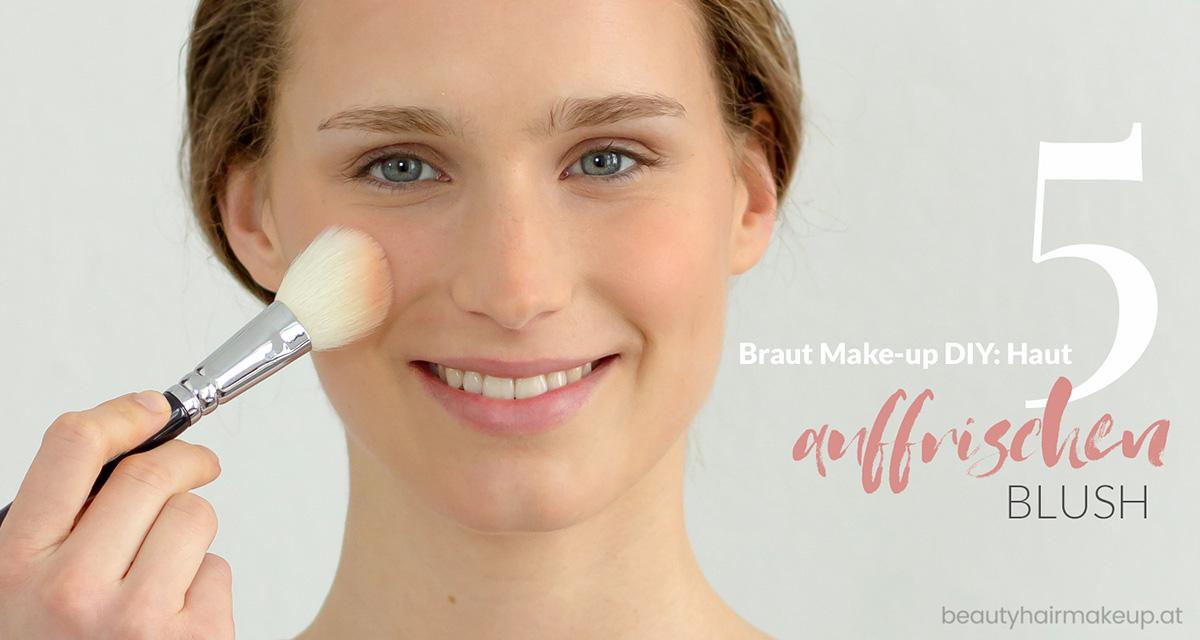 Braut Makeup selber schminken: Frische mit Blush